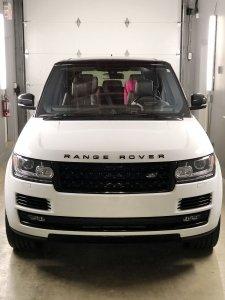 Gloss white vinyl wrap Range Rover