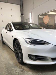 Tesla model s chromedelete