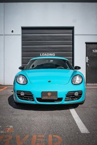 Porsche Cayman Miami Blue